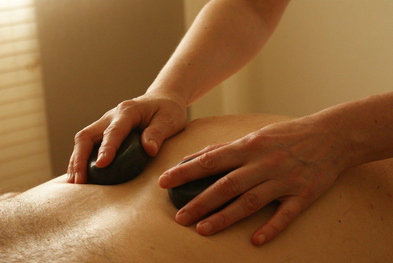 75 Minute Hot Stone Massage